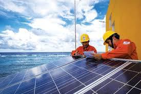 Chớp cơ hội ưu đãi giá, dự án điện mặt trời đua về đích