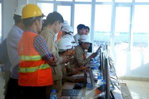 Đóng điện xung kích Nhà máy điện mặt trời LIG – Quảng Trị