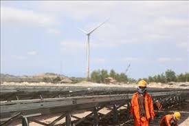 Dự án điện mặt trời nổi hồ Đa Mi hòa lưới thành công