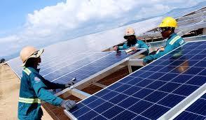 Nhà máy điện mặt trời Điện lực miền Trung sắp phát điện